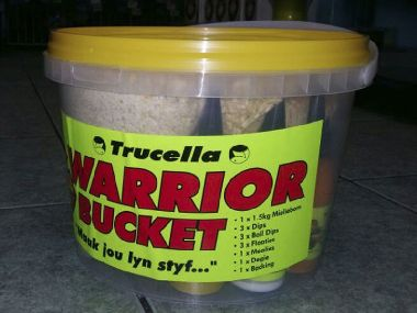 TRUCELLE WARRIOR BAIT BUCKET COMBO