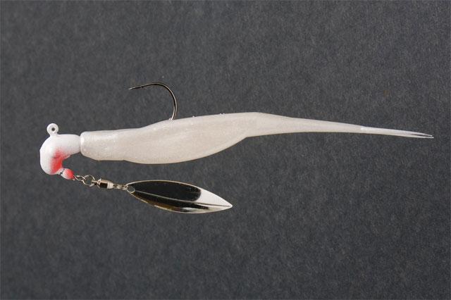 Rigging the versatile zoom super fluke for Fluke fishing bait