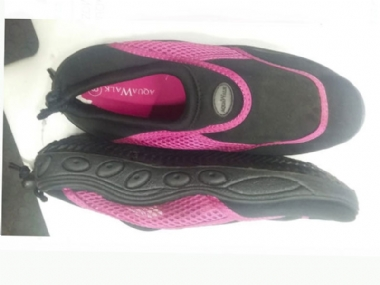 AQUA WALK  WALK ON THE SEA PINK /BLACK